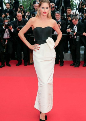 "Doutzen Kroes - ""Sicario"" Premiere in Cannes"