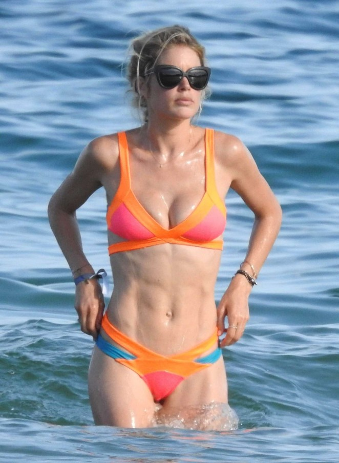 Doutzen Kroes – Wearing a bikini in Ibiza