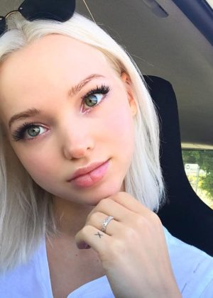 Dove Cameron - Got Social