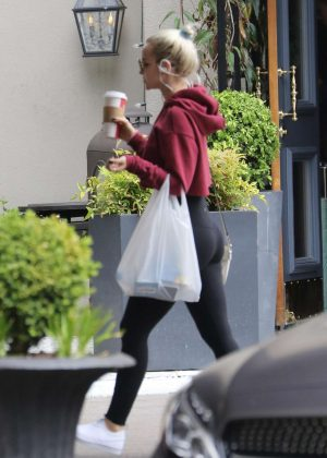 Dove Cameron in Tights - Grabs a coffee in Los Angeles