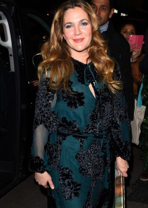 Drew Barrymore - Arrives at 'C A Vous' TV Show in Paris
