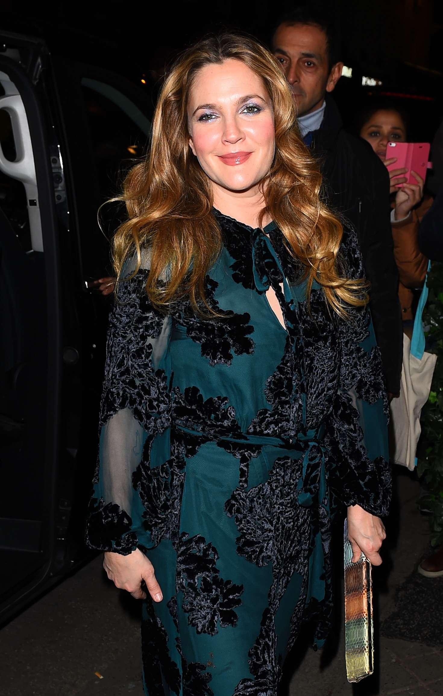 Drew Barrymore - Arrives at 'C A Vous' TV Show in Paris