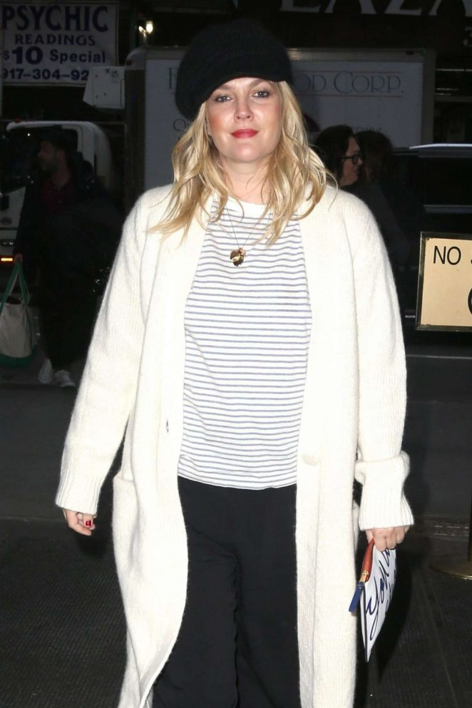 Drew Barrymore – Arrives at Today Show in New York