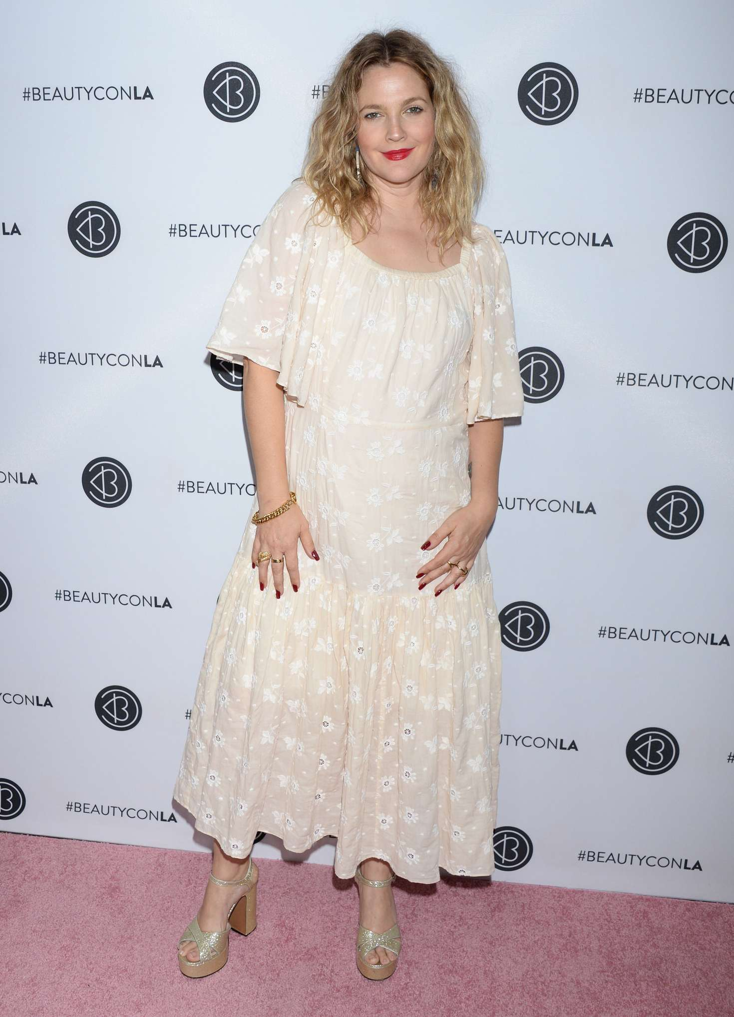 Drew Barrymore – Beautycon Festival Day 1 in Los Angeles