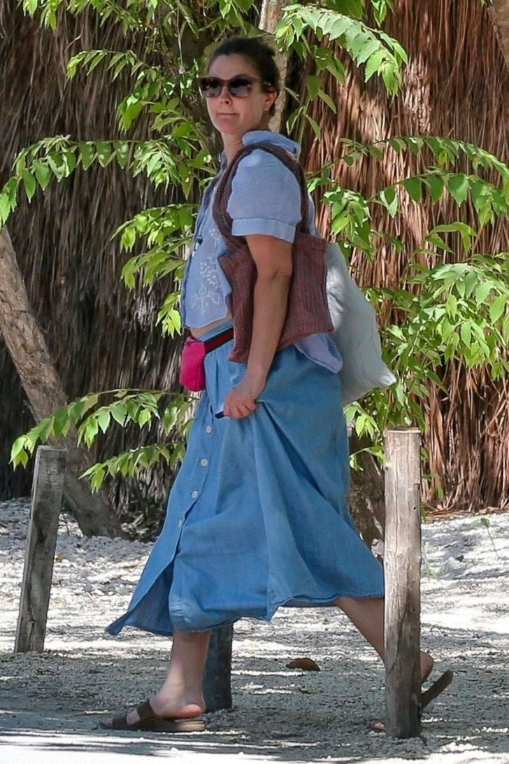 Drew Barrymore on vacation in Tulum -09