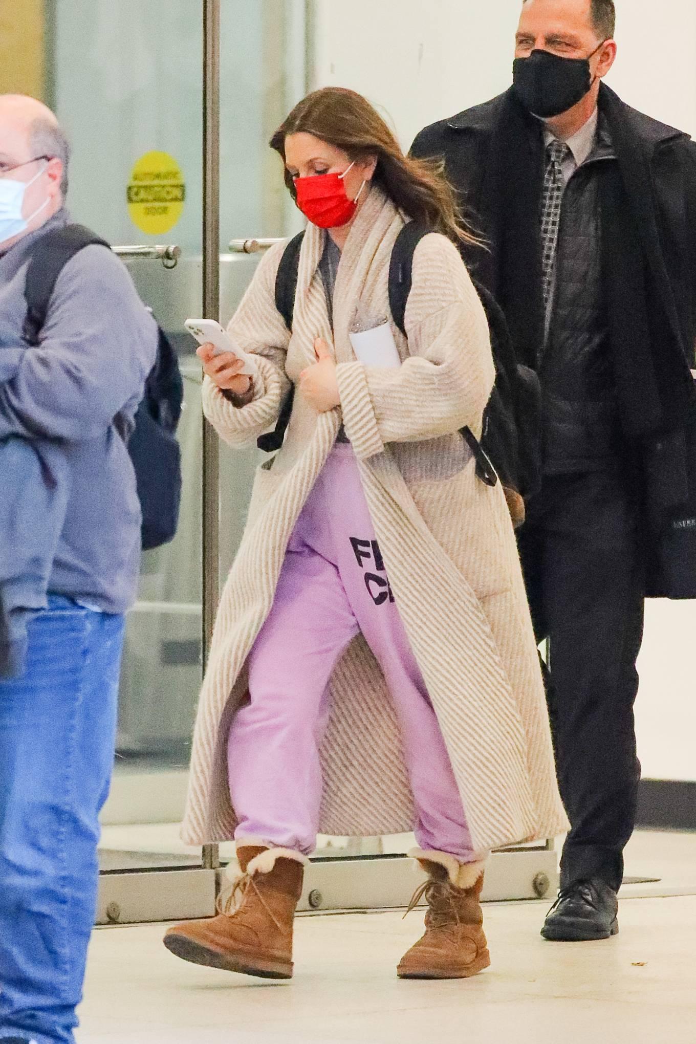 Drew Barrymore - Seen leaving CBS in New York