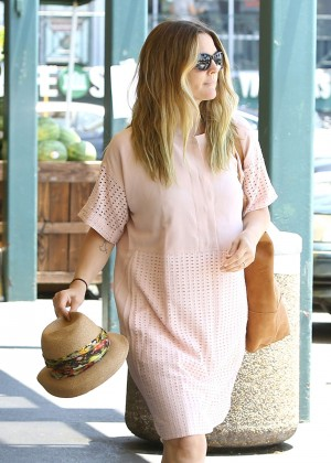 Drew Barrymore - Shopping at Whole Foods in West Hollywood