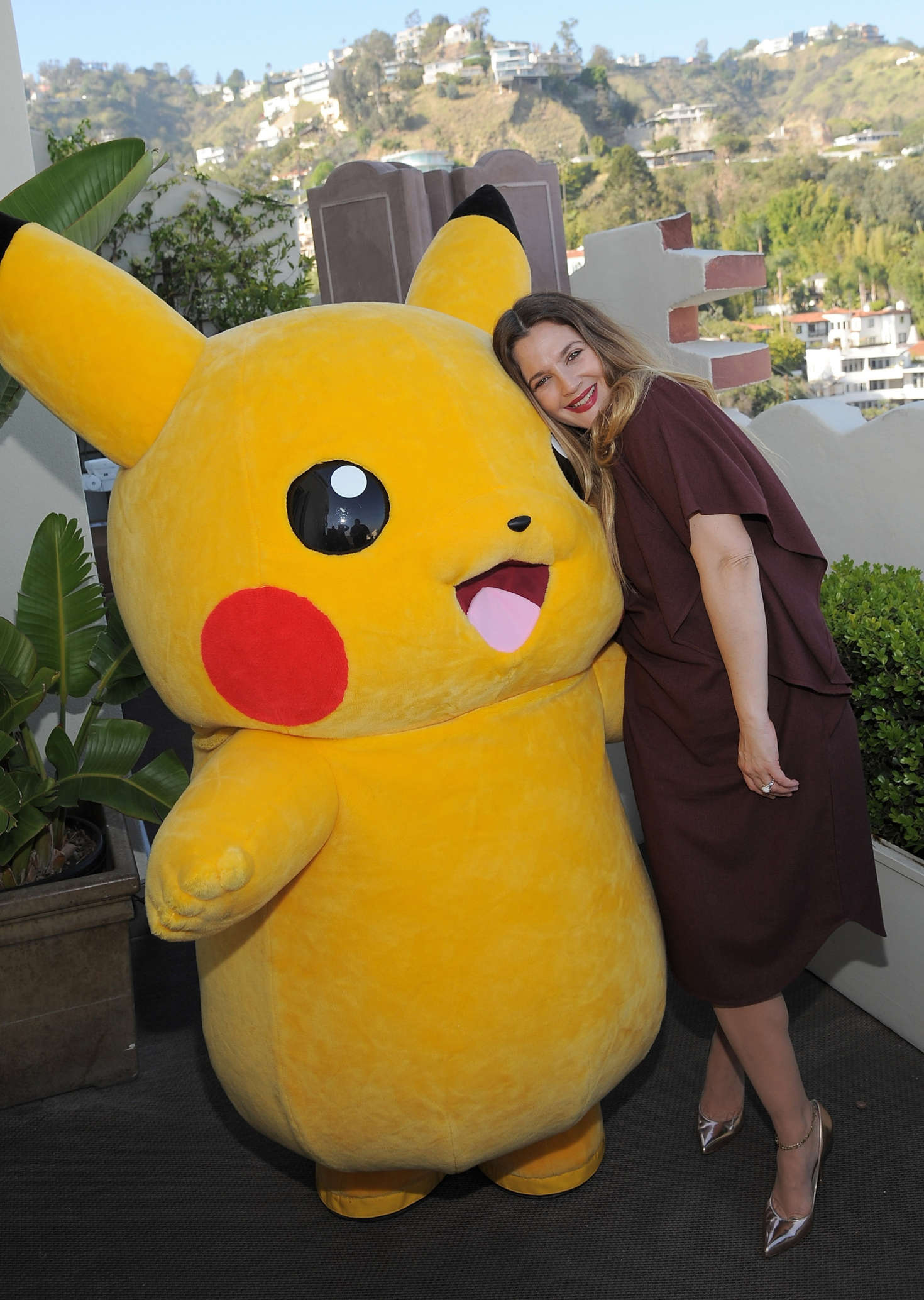 Drew Barrymore 2016 : Drew Barrymore: Tracy Paul and Co Presents Pokemon Afternoon Soiree -01
