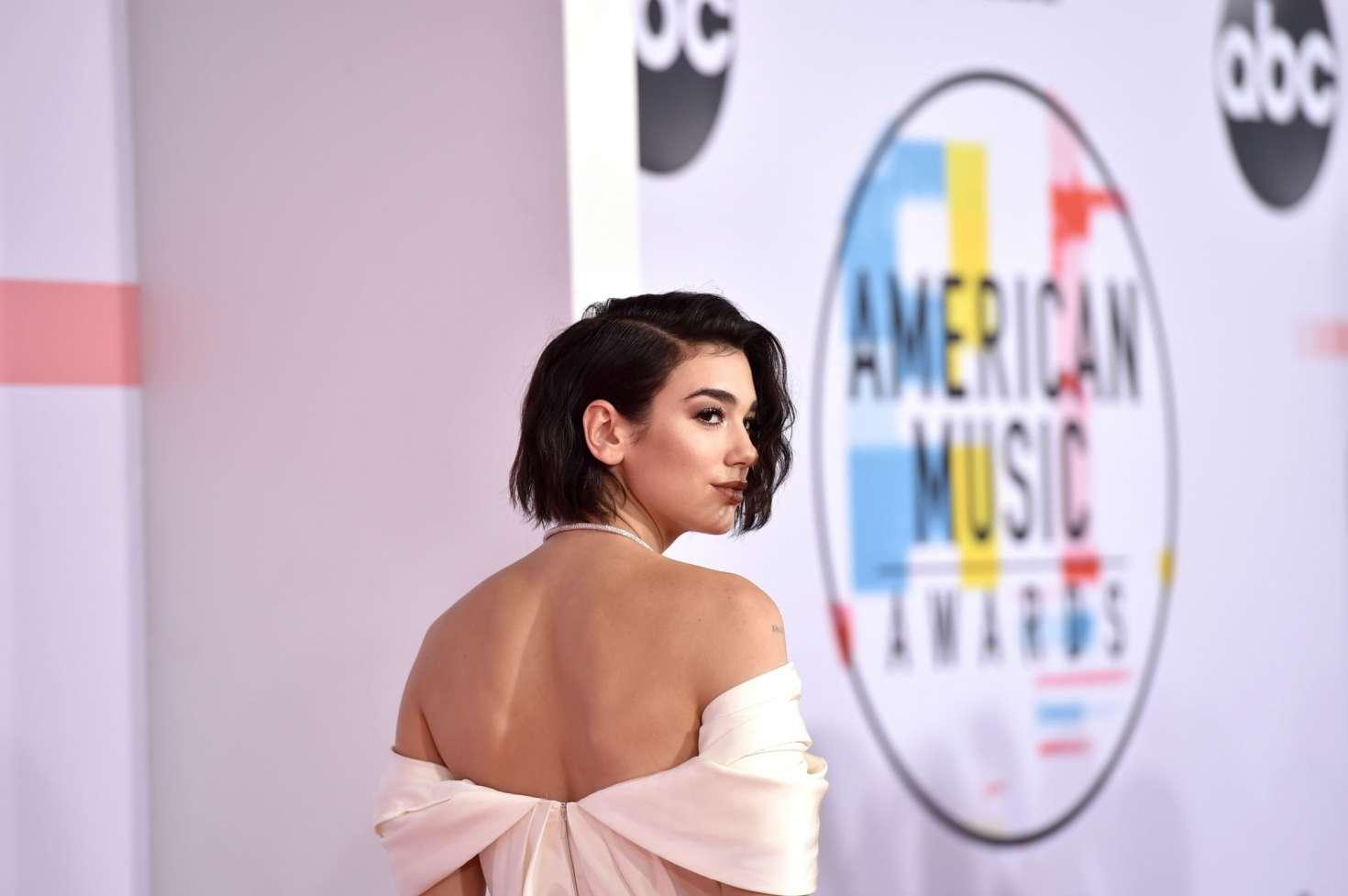 Dua Lipa 2018 : Dua Lipa: 2018 American Music Awards -01