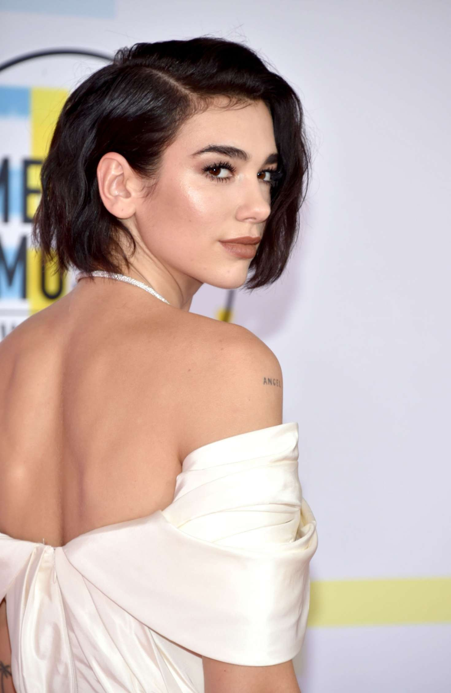 Dua Lipa 2018 : Dua Lipa: 2018 American Music Awards -05