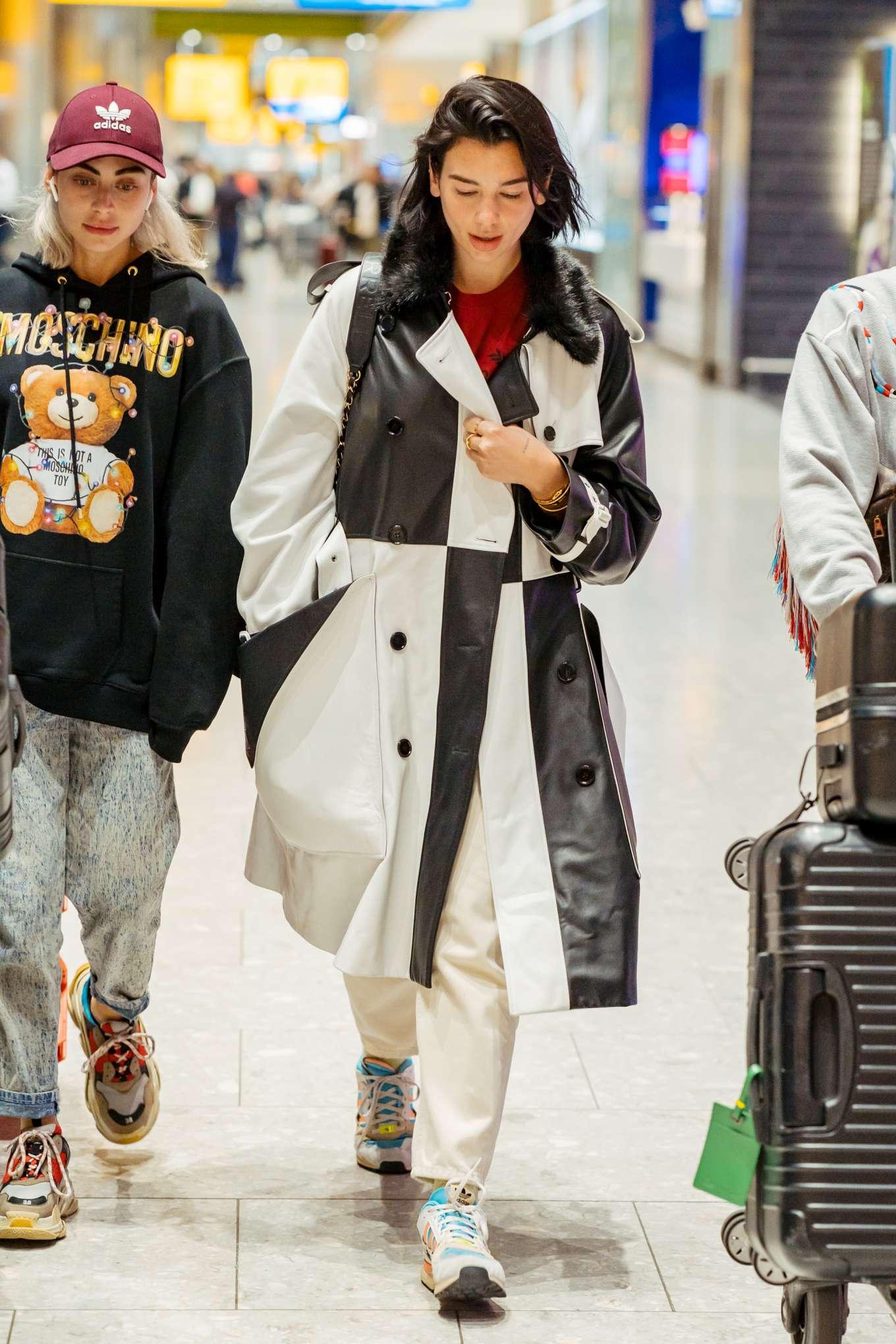 Dua Lipa 2019 : Dua Lipa: Arrives at Heathrow Airport-01