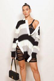 Dua Lipa - Burberry Fashion Show at London Fashion Week