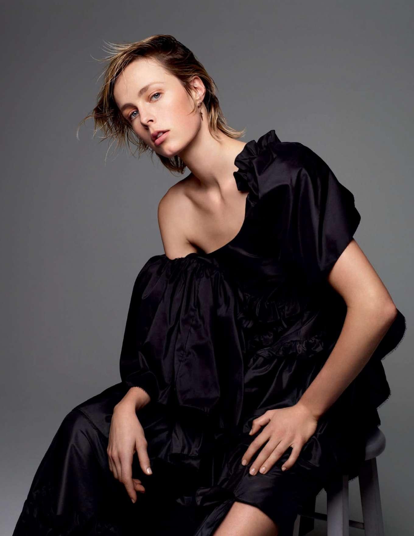 Edie Campbell - Vogue Espana Magazine (January 2020)