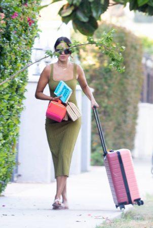 Eiza Gonzalez - Arriving back in Los Angeles