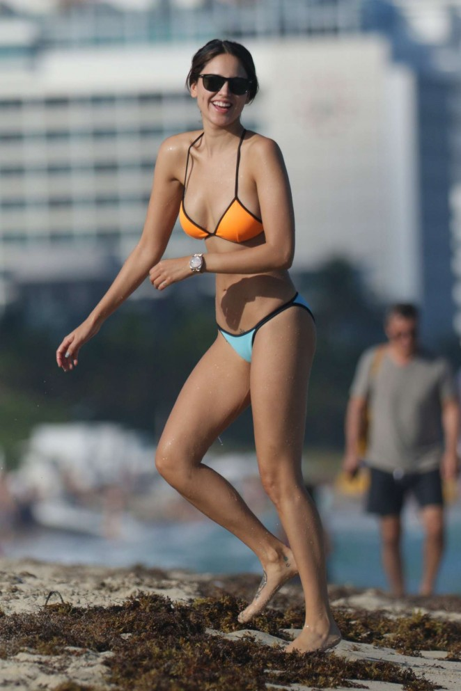 Eiza Gonzalez – Bikini Candids on Miami Beach