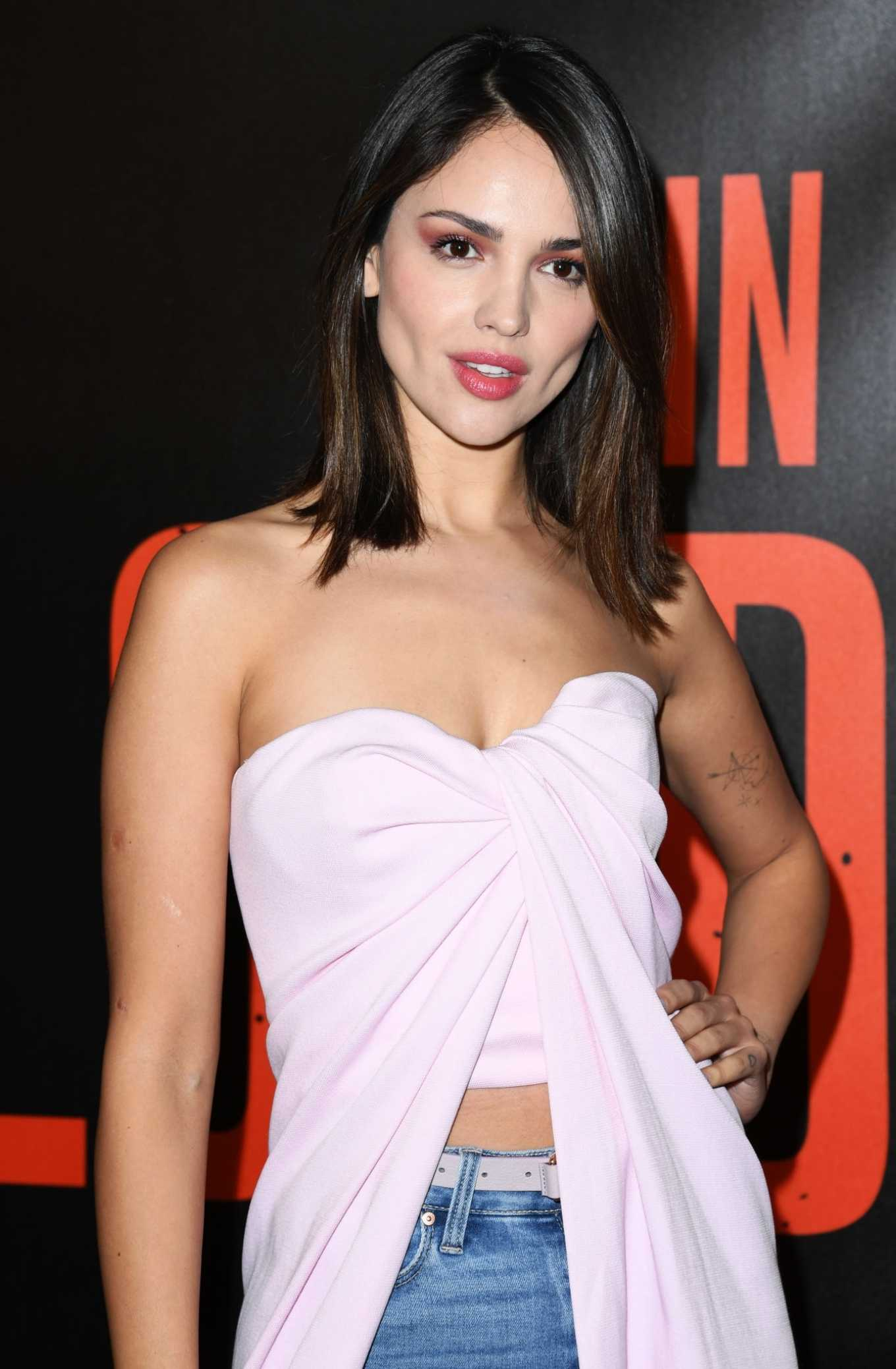 Eiza Gonzalez - Bloodshot Photocall in West Hollywood-03 ...