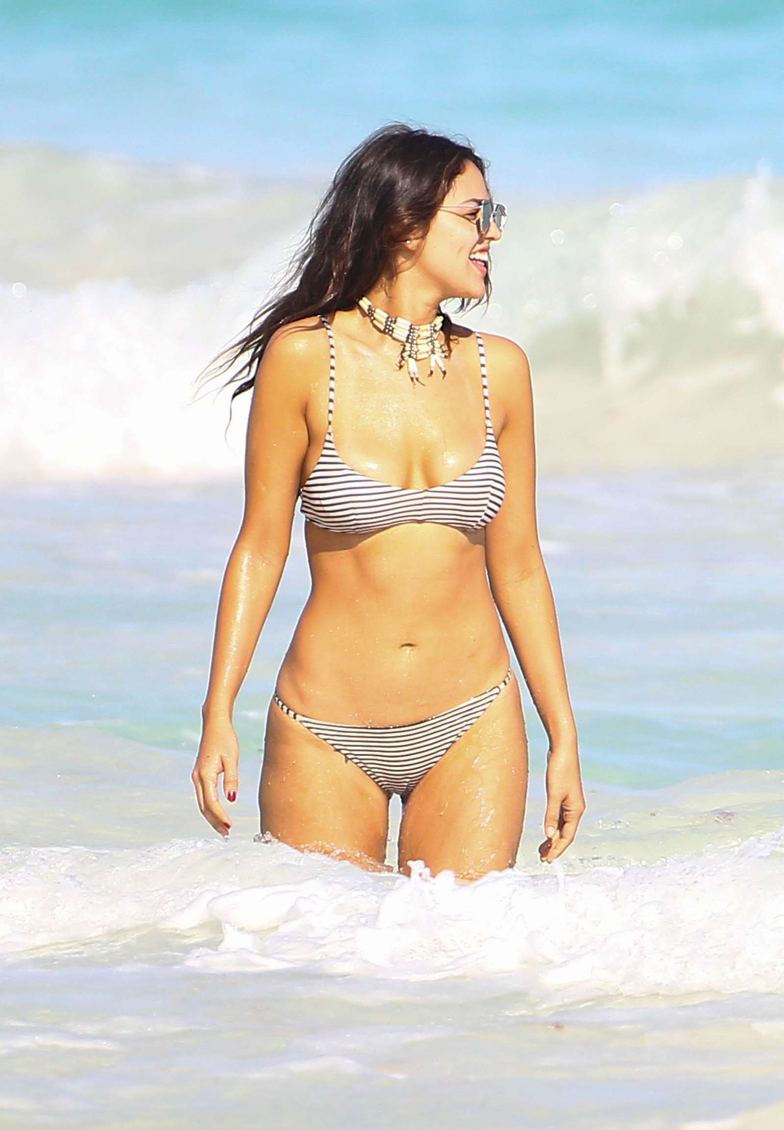 Bikini Eiza Gonzalez nudes (55 photo), Topless, Cleavage, Instagram, cameltoe 2015