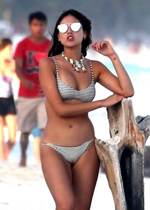 Eiza Gonzalez in Bikini on the beach in Mexico