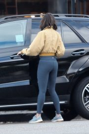 Eiza Gonzalez in Tights - Has lunch in Los Angeles