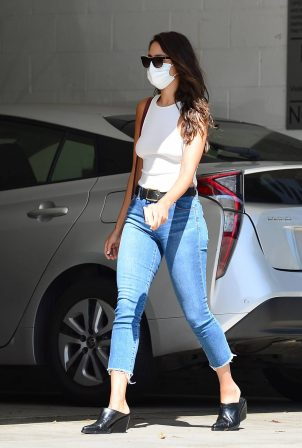 Eiza Gonzalez - Leaving a medical center in Beverly Hills