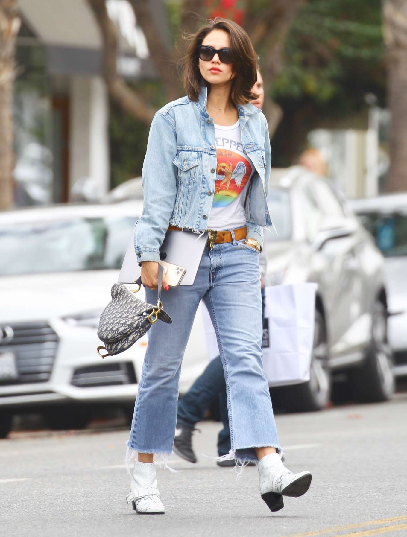 Eiza Gonzalez 2019 : Eiza Gonzalez – Out for lunch in Studio City-11