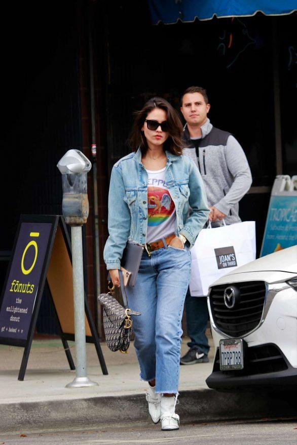 Eiza Gonzalez 2019 : Eiza Gonzalez – Out for lunch in Studio City-17