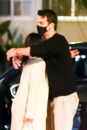 Eiza Gonzalez - Out with a mystery man in West Hollywood