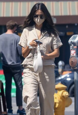 Eiza Gonzalez - Pictured at Sweet Butter Kitchen in Studio City