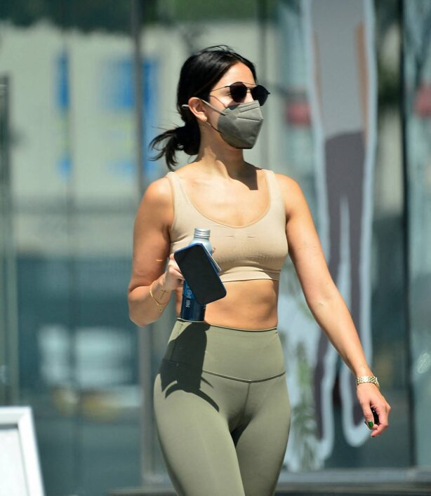 Eiza Gonzalez - Seen after leaving Equinox gym in West Hollywood