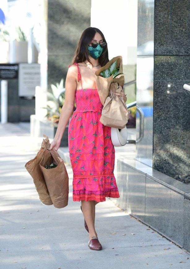 Eiza Gonzalez - Shopping candids in Los Angeles