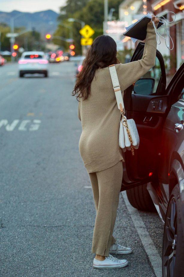 Eiza Gonzalez - Spotted leaving a skincare salon in Santa Monica