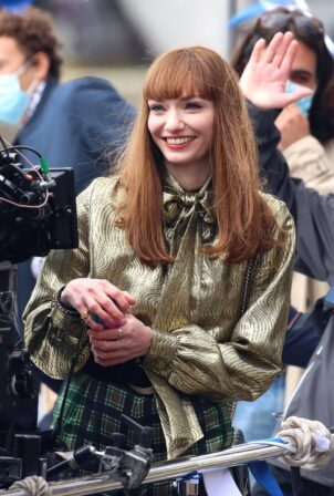 Eleanor Tomlinson - Films scenes in Bristol for the new BBC drama 'The Offenders'
