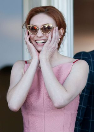 Eleanor Tomlinson - Grand National Day at 2018 Aintree Festival in Liverpool