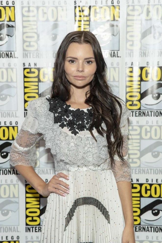 Eline Powell - 'Siren' Photocall at 2018 Comic-Con in San Diego