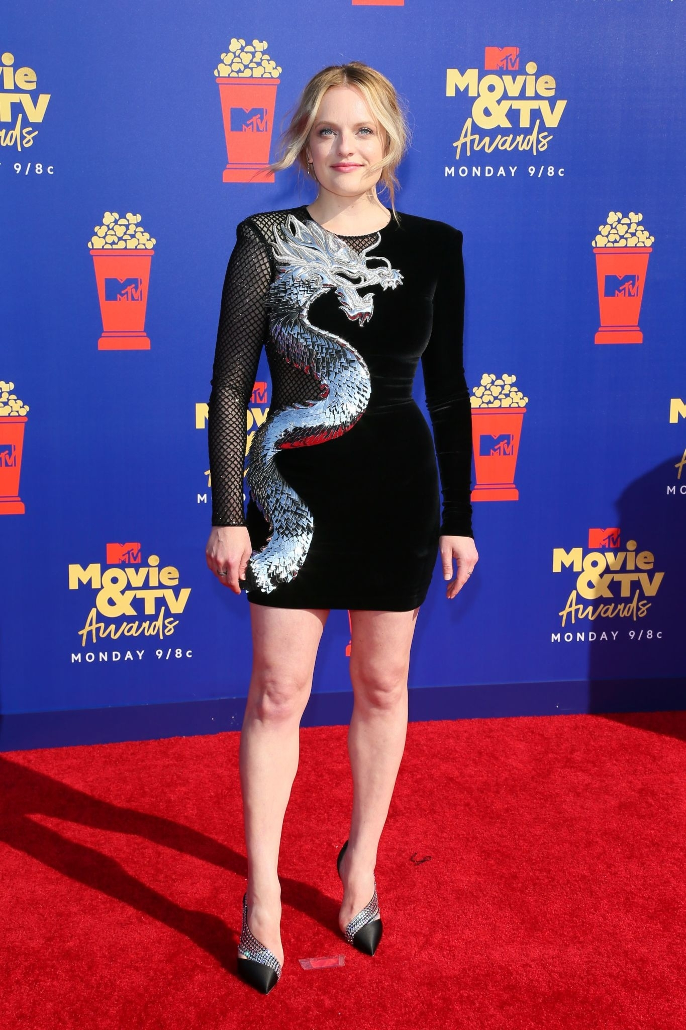 Elisabeth Moss - 2019 MTV Movie and TV Awards Red Carpet in Santa Monica