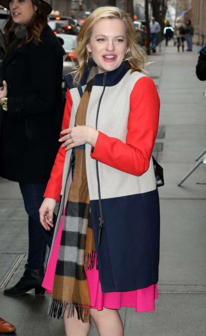 Elisabeth Moss - Arrives at 'The View' in NYC