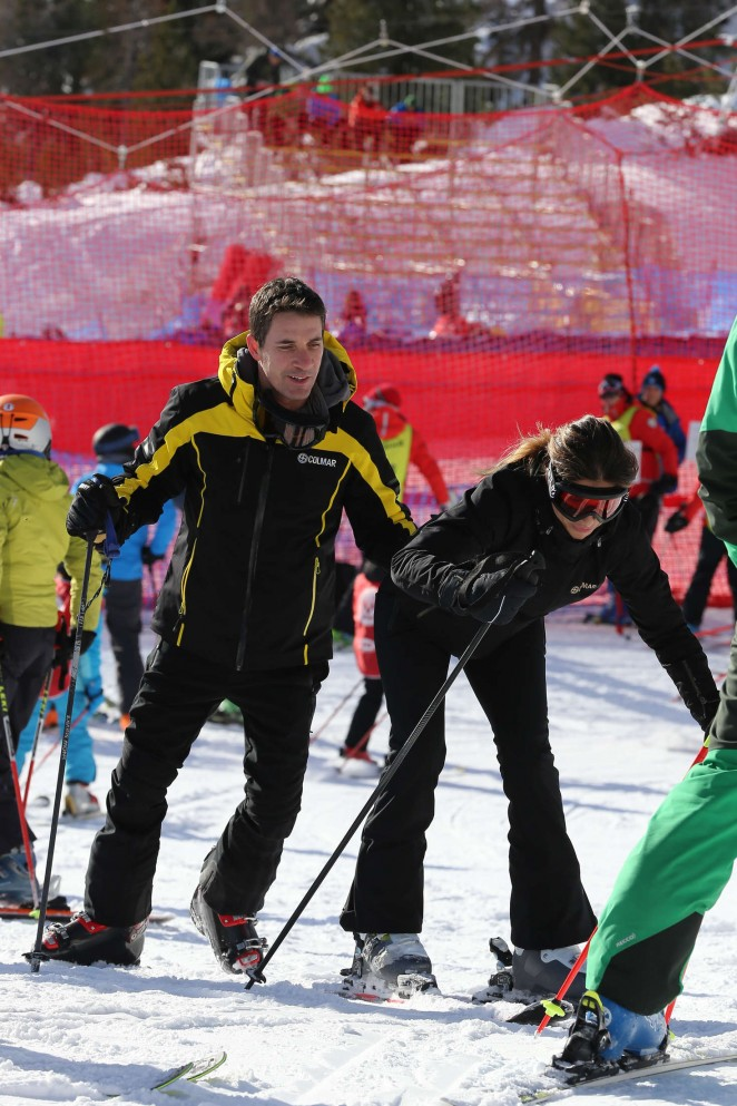 Elisabetta Canalis and Brian Perri Skiing in Cortina DAmpezzo -19