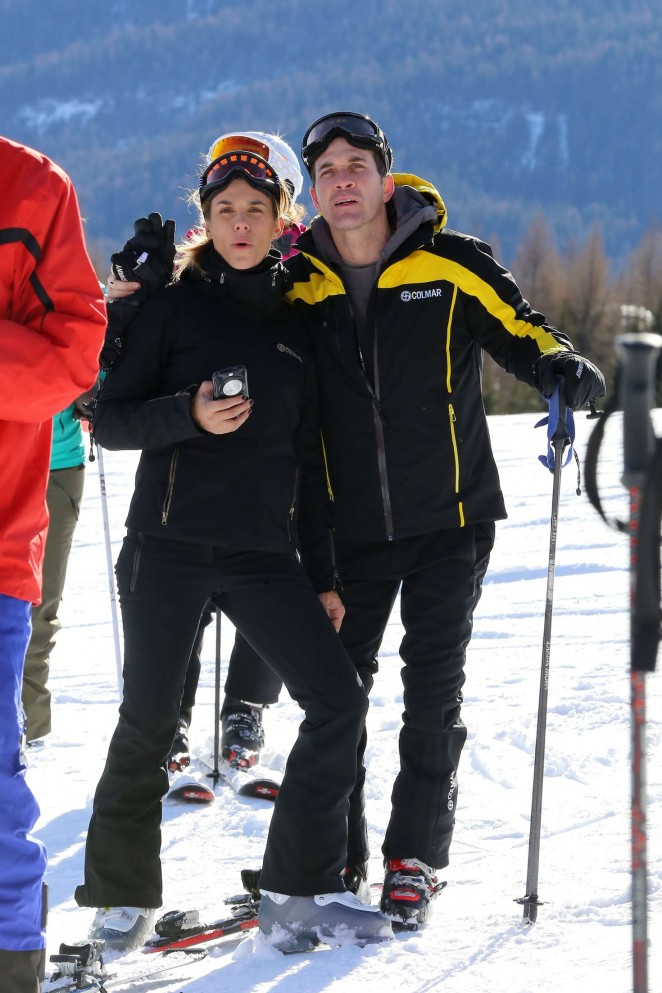 Elisabetta Canalis and Brian Perri Skiing in Cortina DAmpezzo -32