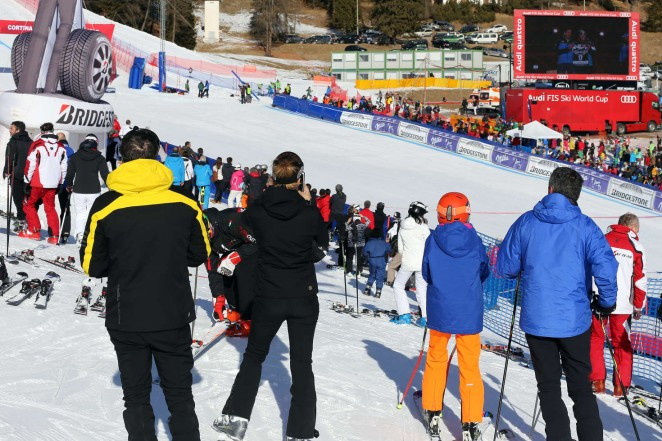 Elisabetta Canalis and Brian Perri Skiing in Cortina DAmpezzo -38