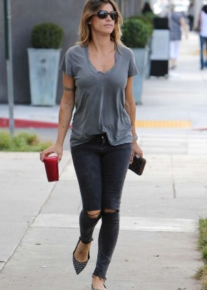 Elisabetta Canalis in Tight Jeans Out in LA