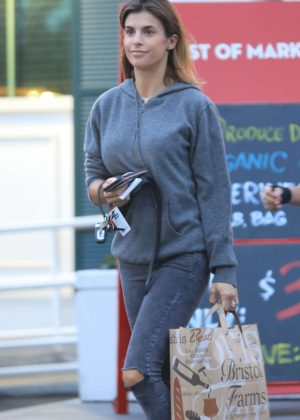 Elisabetta Canalis - Shopping at Bristol Farms in Beverly Hills