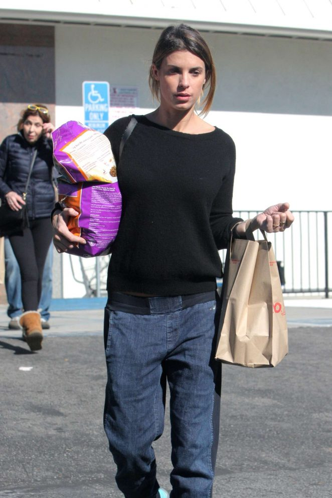 Elisabetta Canalis - Shopping at Petco in Beverly Hills