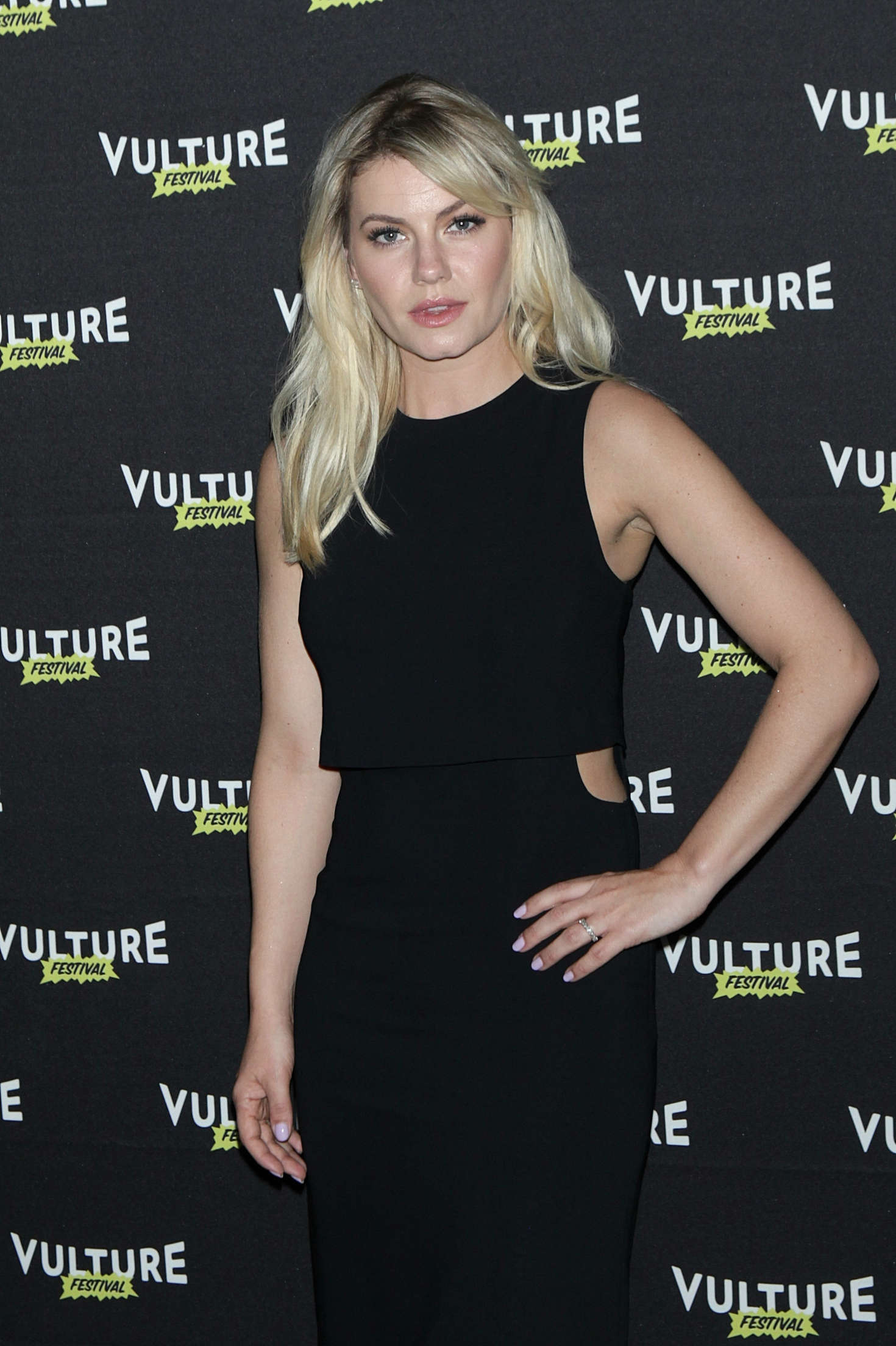 Elisha Cuthbert - Happy Endings Reunion! at Vulture Festival 2016 in NY