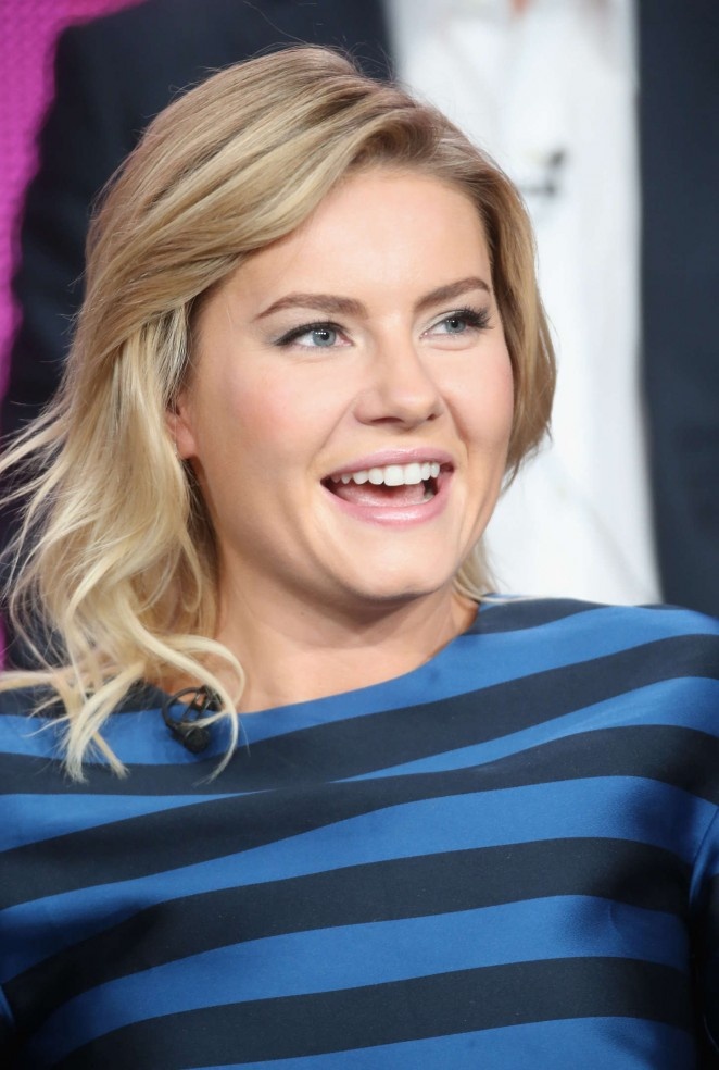 Elisha-Cuthbert:-One-Big-Happy-Panel-TCA