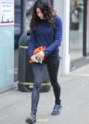 Eliza Doolittle in Tights -10