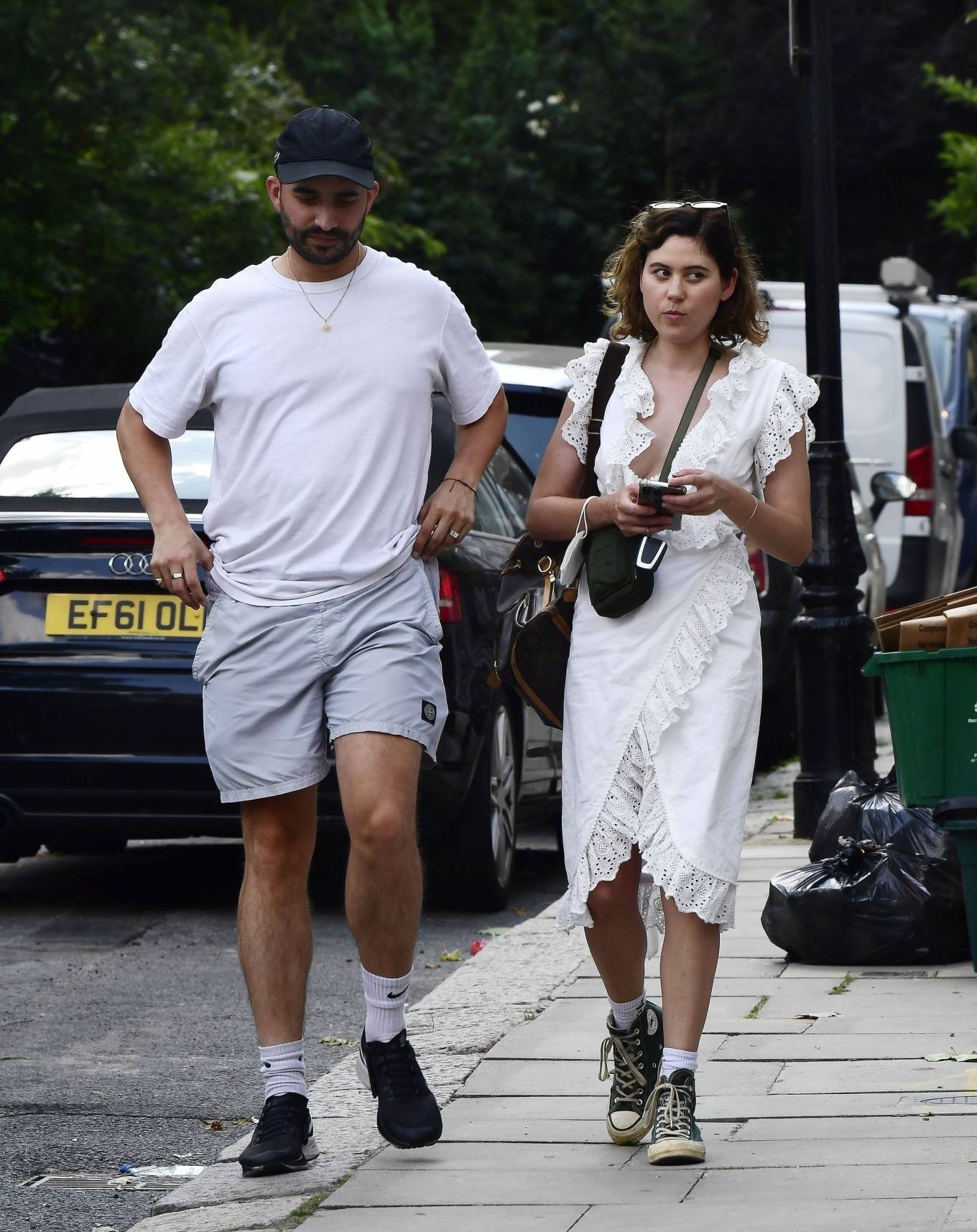 Eliza Doolittle - with a mystery male friend in North London