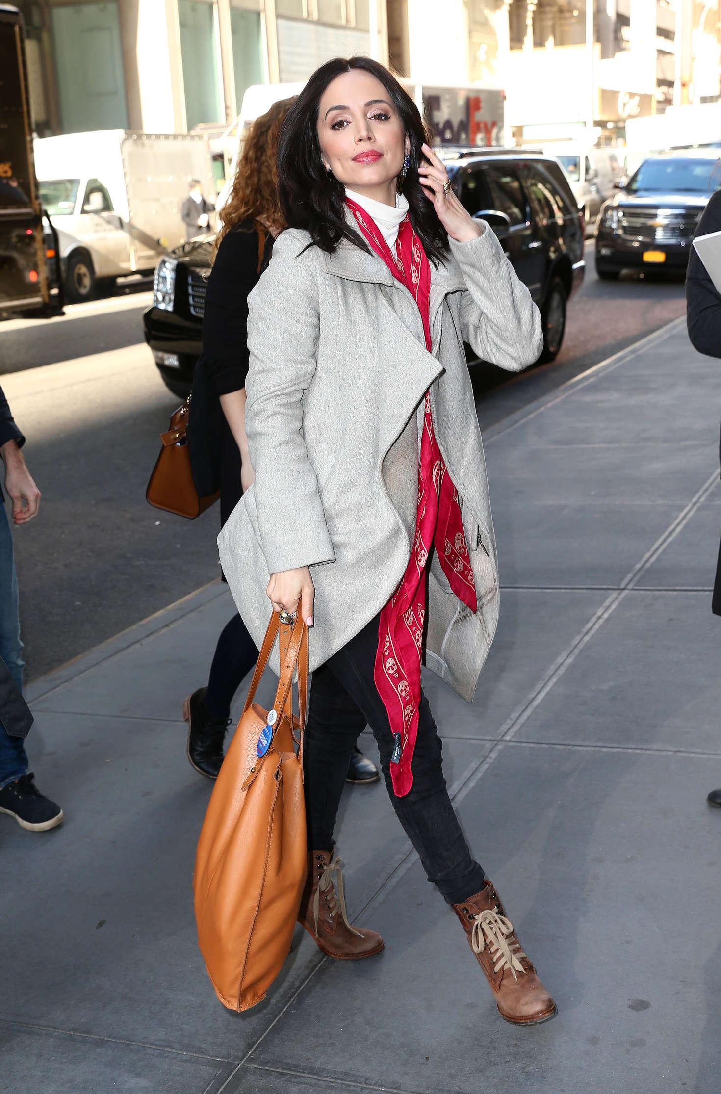 Eliza Dushku 2016 : Eliza Dushku in Tight Jeans -13