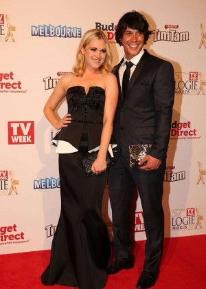 Eliza Taylor - 2015 Logie Awards in Melbourne