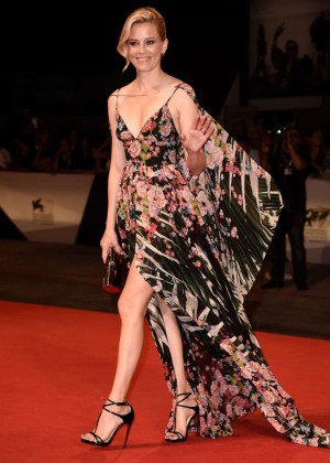 Elizabeth Banks - 'Beasts Of No Nation' Premiere during the 72nd Venice Film Festival