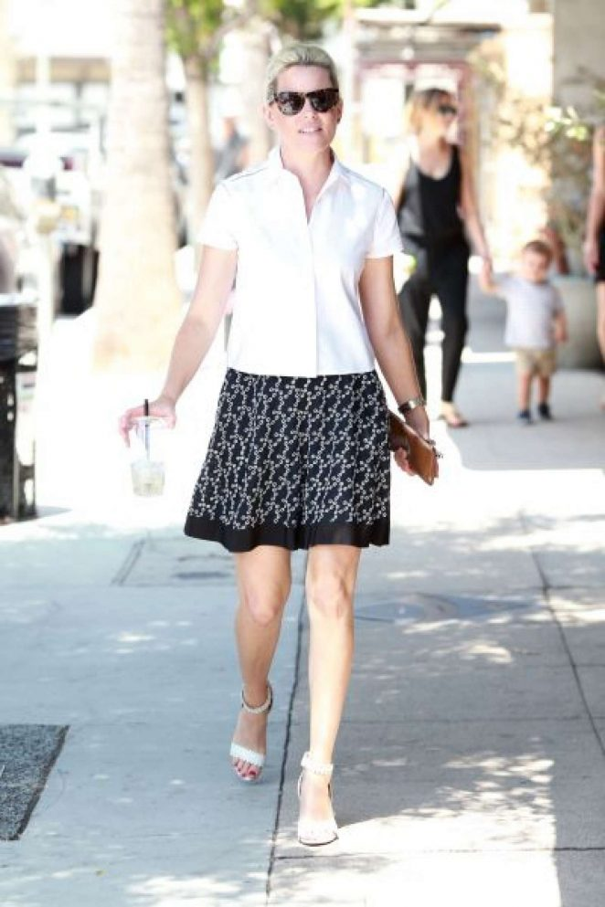 Elizabeth Banks in Mini Skirt out in LA